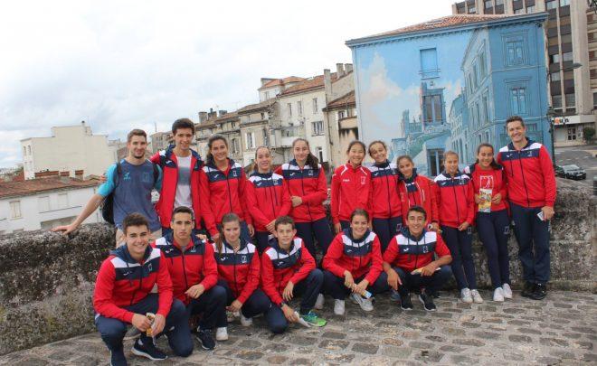 30 bougies soufflées par la JSA Gymnastique et le club Arabatxo de Vitoria-Gasteiz