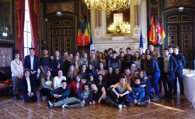 Réception des jeunes espagnols de Vitoria Gasteiz à la Mairie d'Angoulême